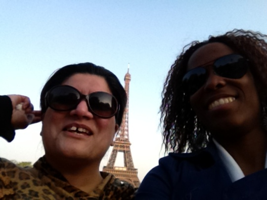Min and Gen Get Passionate about Paris